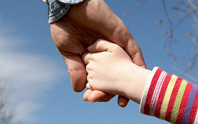 10_Ways_to_Protect_Your_Child_During_A_Divorce